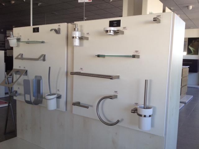 Claudiobarrios accesorios de ba o claudiobarrios for Accesorios para banos precios